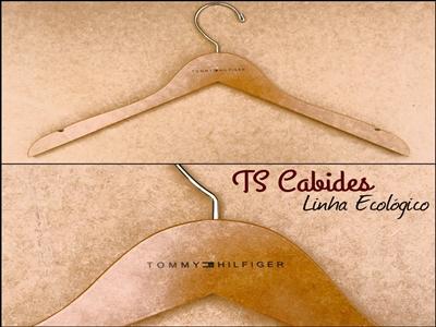 cabide-de-madeira-personalizado-3-ecol-gico.jpg